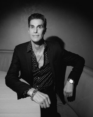 Perry_Farrell_Pump_Room_Icon-2_lo_res.jpg